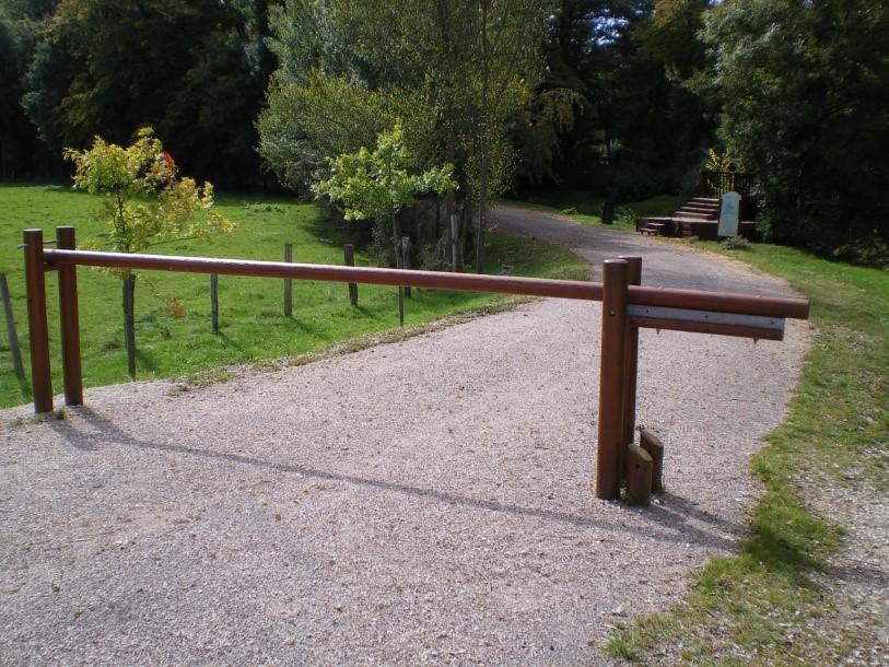 barriere en bois Barriere en bois